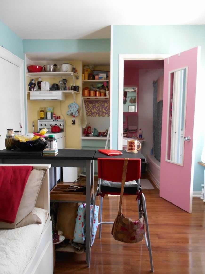 Woman S 120 Sq Ft Tiny Apartment In Toronto Tiny Apartment
