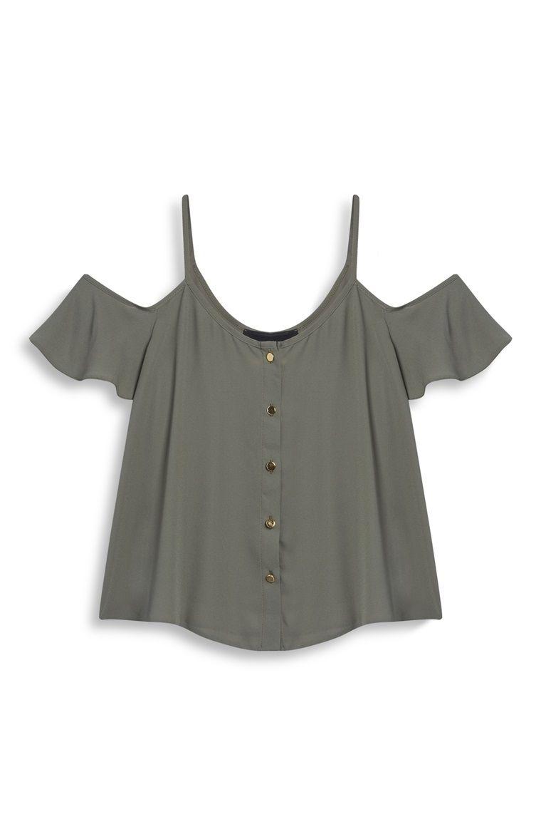 03b20ccfa Primark - Top com ombros abertos e folhos caqui … … | camiseta de ...