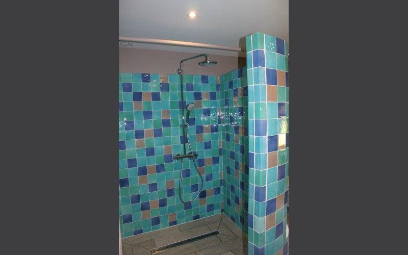 Terres Cuites de Raujolles Faïence artisanale salle de bain