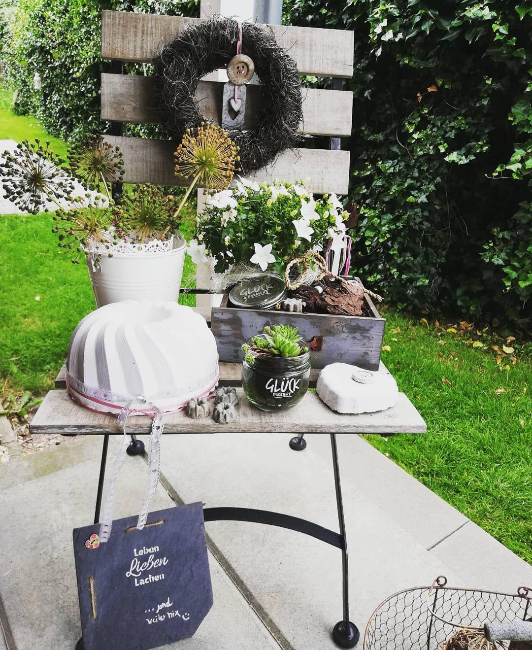 Ein Bisschen Gluck Ist Einfach Schon Gluck Moin Home Homeandgarden Garten Garden Gartendeko Hausundgarten In 2020 Decor Garden Decor Table Decorations