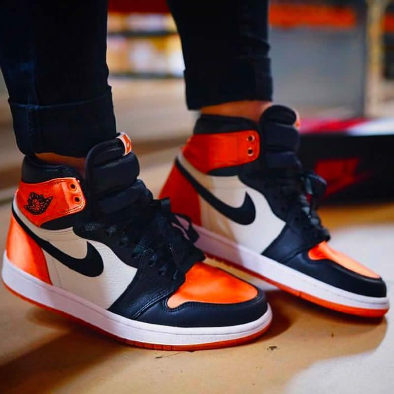 aec99e82085d76 Air Jordan 1 Retro Satin Orange
