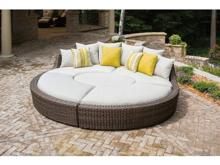 Lloyd Flanders Outdoor Patio Largo Sectional This Sunbed