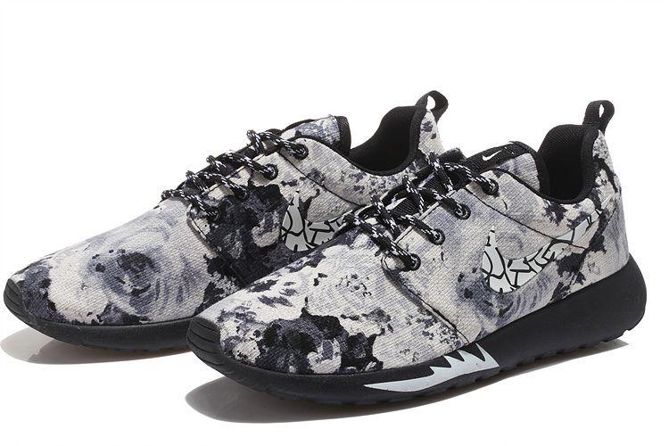 53980b0c9bbdf Flower Nike Unisex Roshe One White Floral Print Black Black
