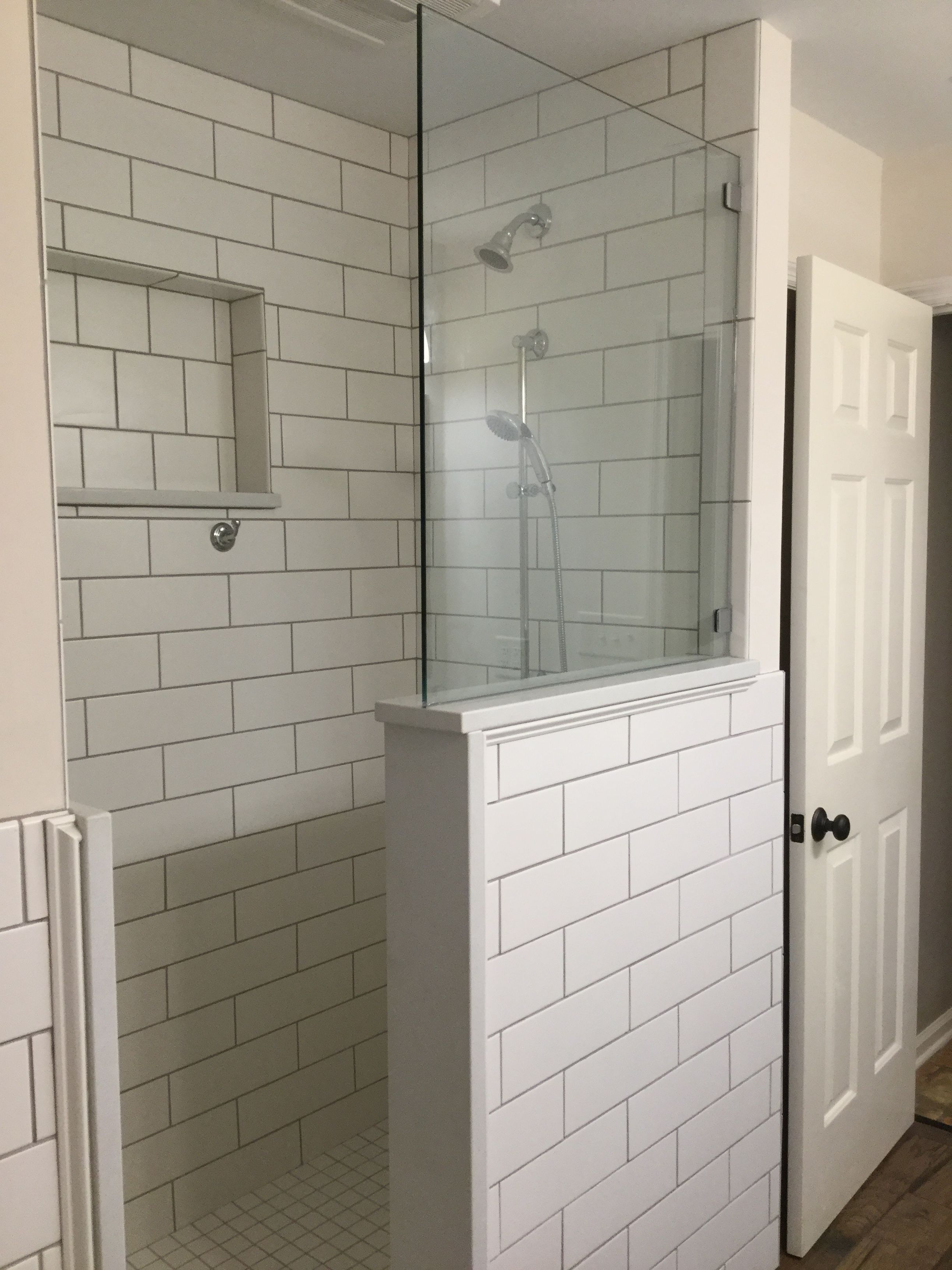 Classic White 4x6 Subway Tiled Shower Extra Large Cutout