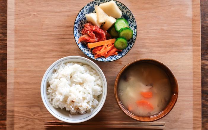 高齢化が進む日本においては 平均寿命 と 健康寿命 の差を短くすることが重要視されている この差は日常生活に制限のある 不健康な期間 を意味しており 男性では8 84年 女性では12 35年となる そ 2020 夜ご飯 食事 食べ物のアイデア