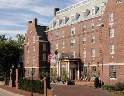 Hotel Viking Newport R I Http Www Visitingnewengland Com