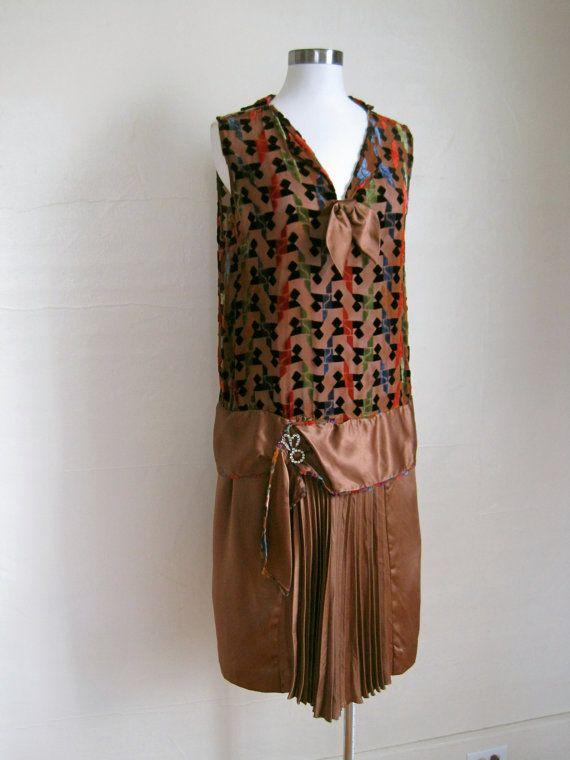 RESERVED 1920s Dress CUT VELVET  by GuermantesVintage on Etsy