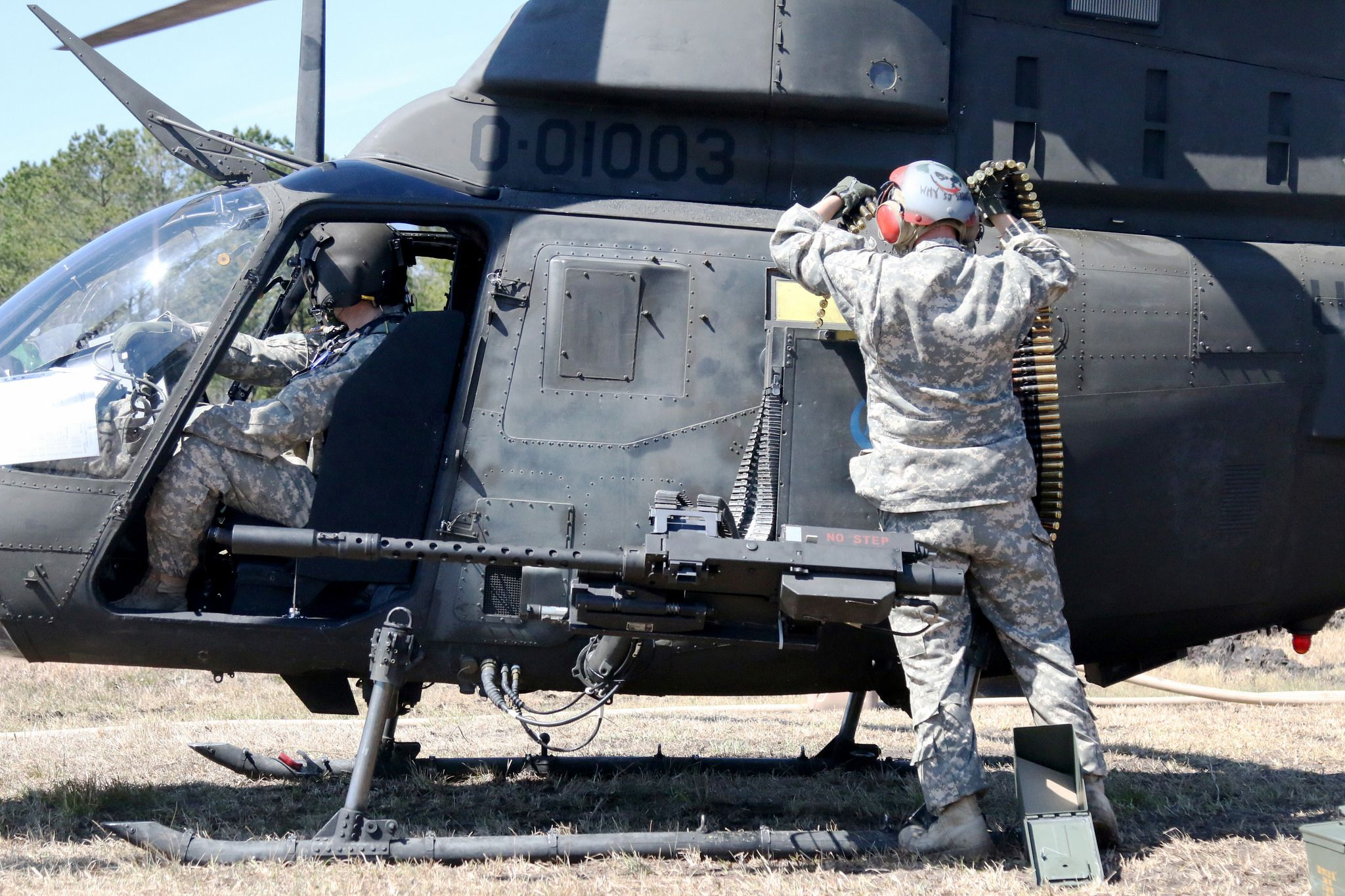20150321 Aerial Gunnery 1 17 Cav Camp Lejeune Military We Are The Mighty