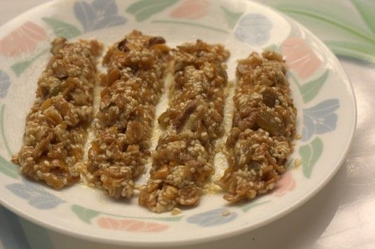 Nutri Bar – jaggery, honey, walnuts, raisins, flakes, sesame seeds and what not!