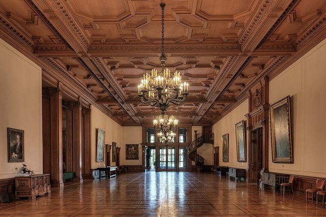 Villa Hügel was built in 1873. The mansion has 259 rooms