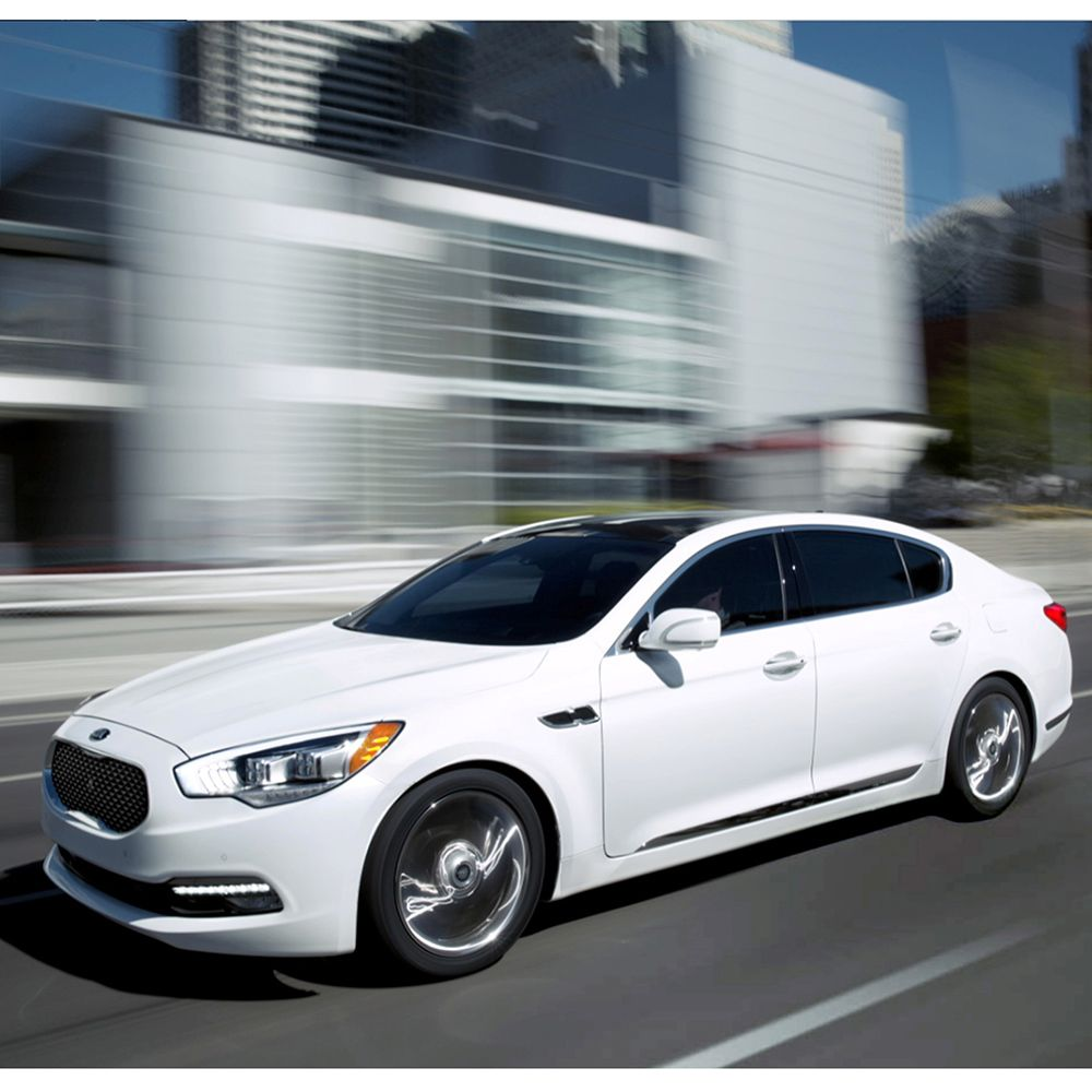 The Kia K900 Is Featured In The Robb Report Car Of The