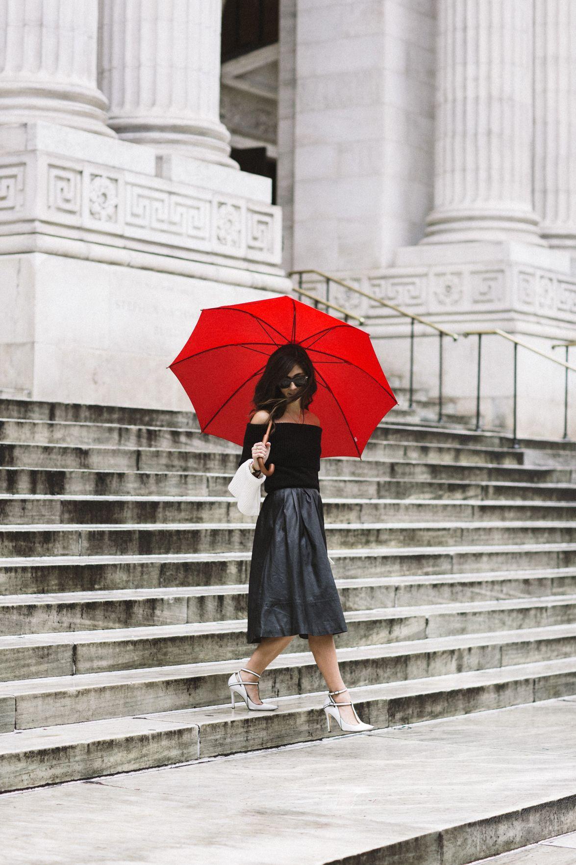 paris in the rain dream closet pinterest rain paris and how to wear. Black Bedroom Furniture Sets. Home Design Ideas