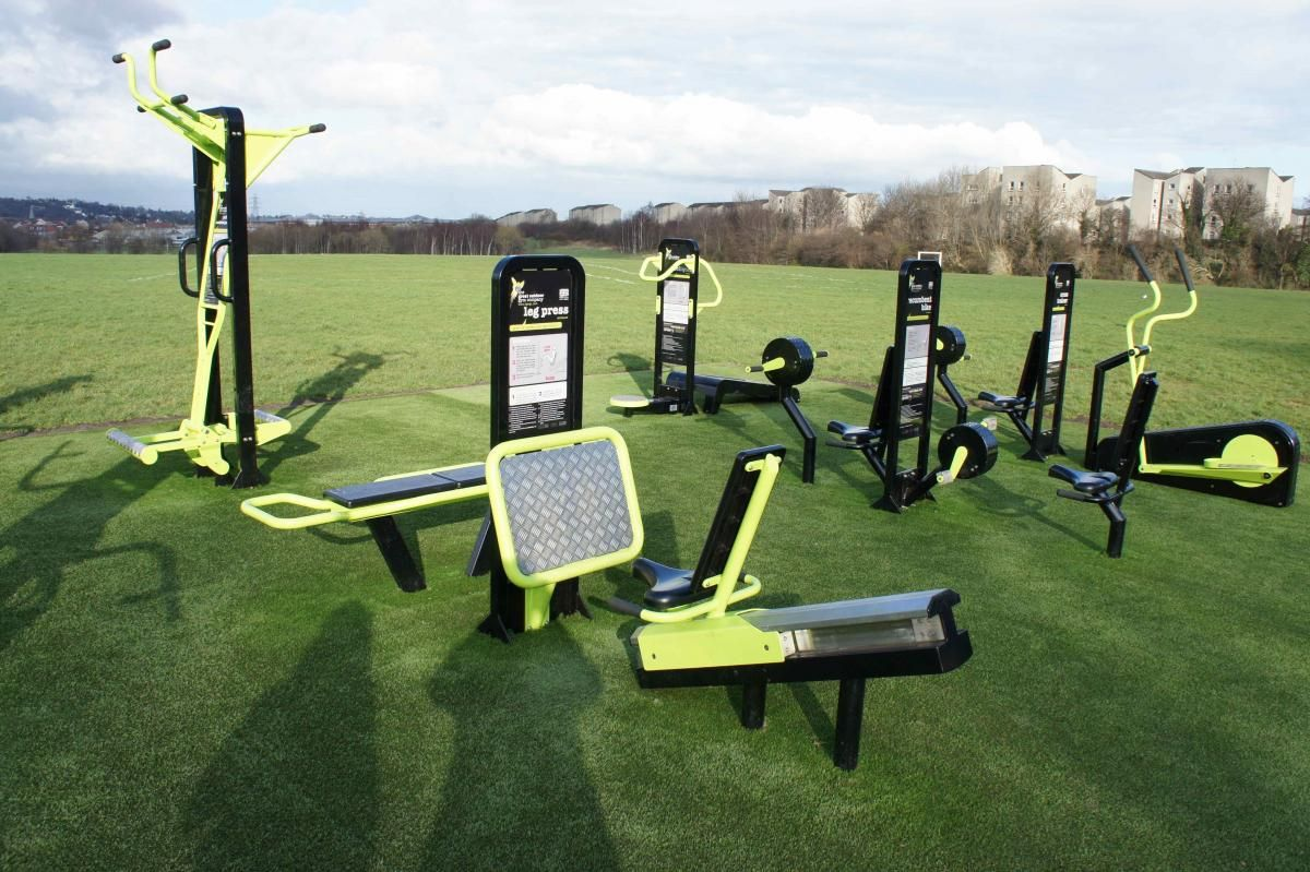 Equipment That Can Be Used For Beginners These Are Made By A Company But None Have Been Put In Arou Outdoor Gym Outdoor Sports Equipment Outdoor Gym Equipment