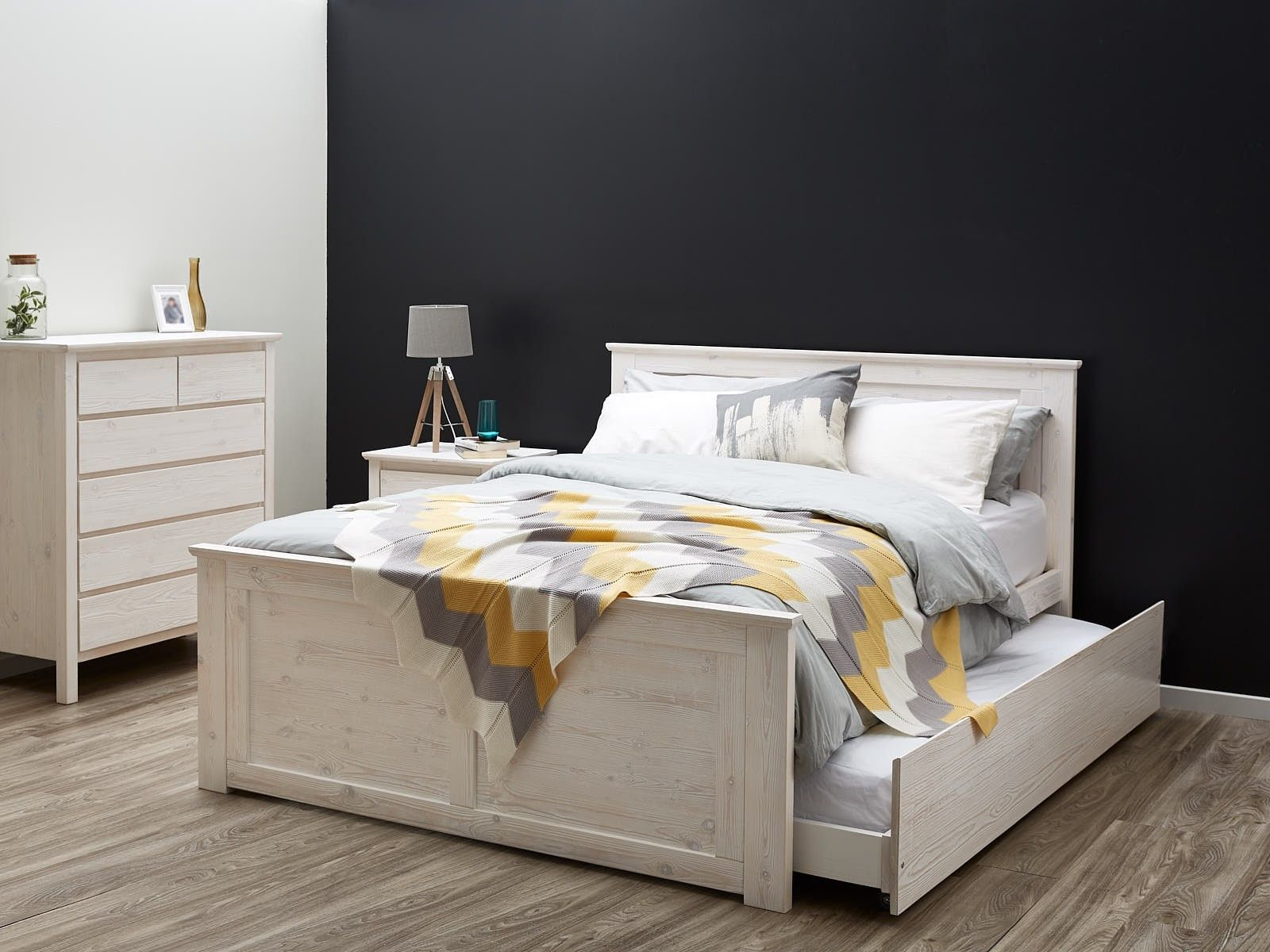 Best Double Bed Trundle Whitewash Modern B2C Furniture 400 x 300