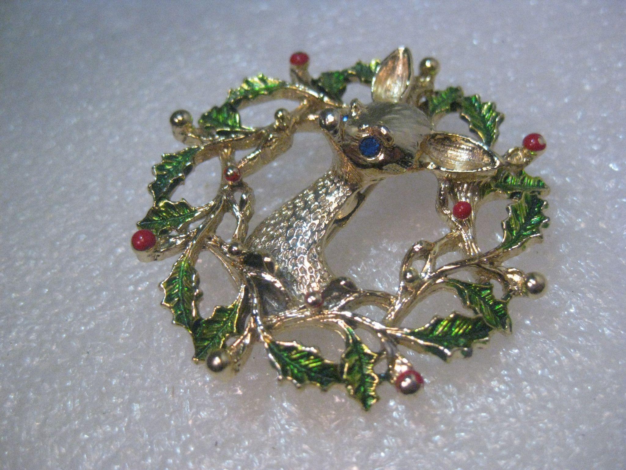 Gerry/'s Goldtone Crystal Holiday Wreath BroochVintage Christmas Wreath Brooch