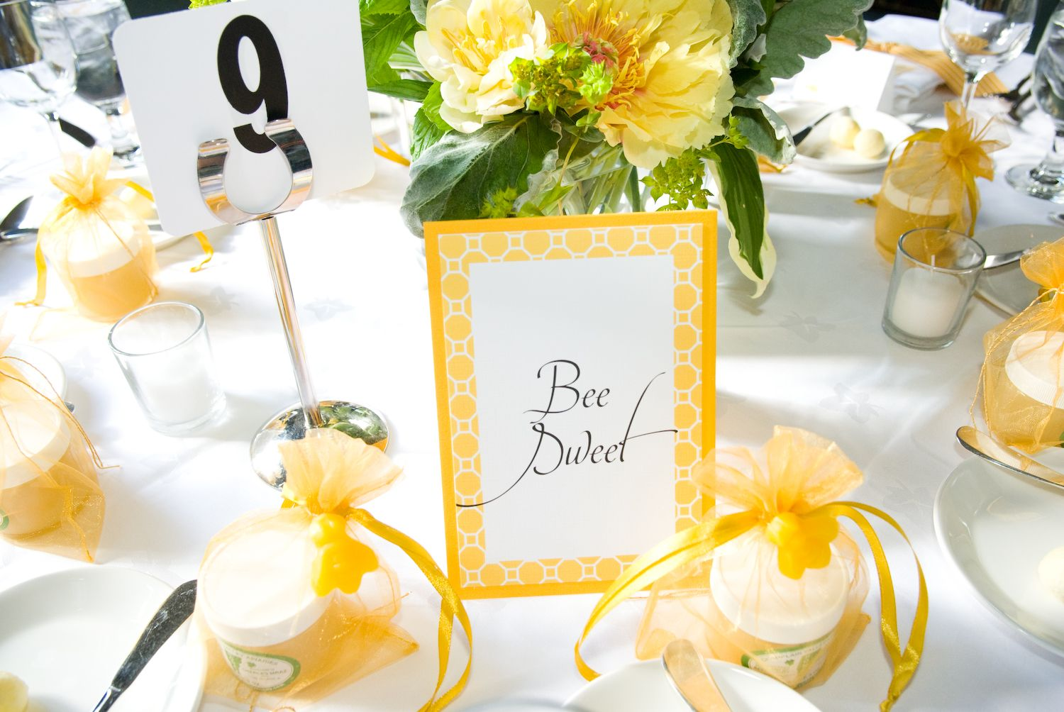 Pin by Darlene Le Fort on bee theme shower | Pinterest | Wedding ...
