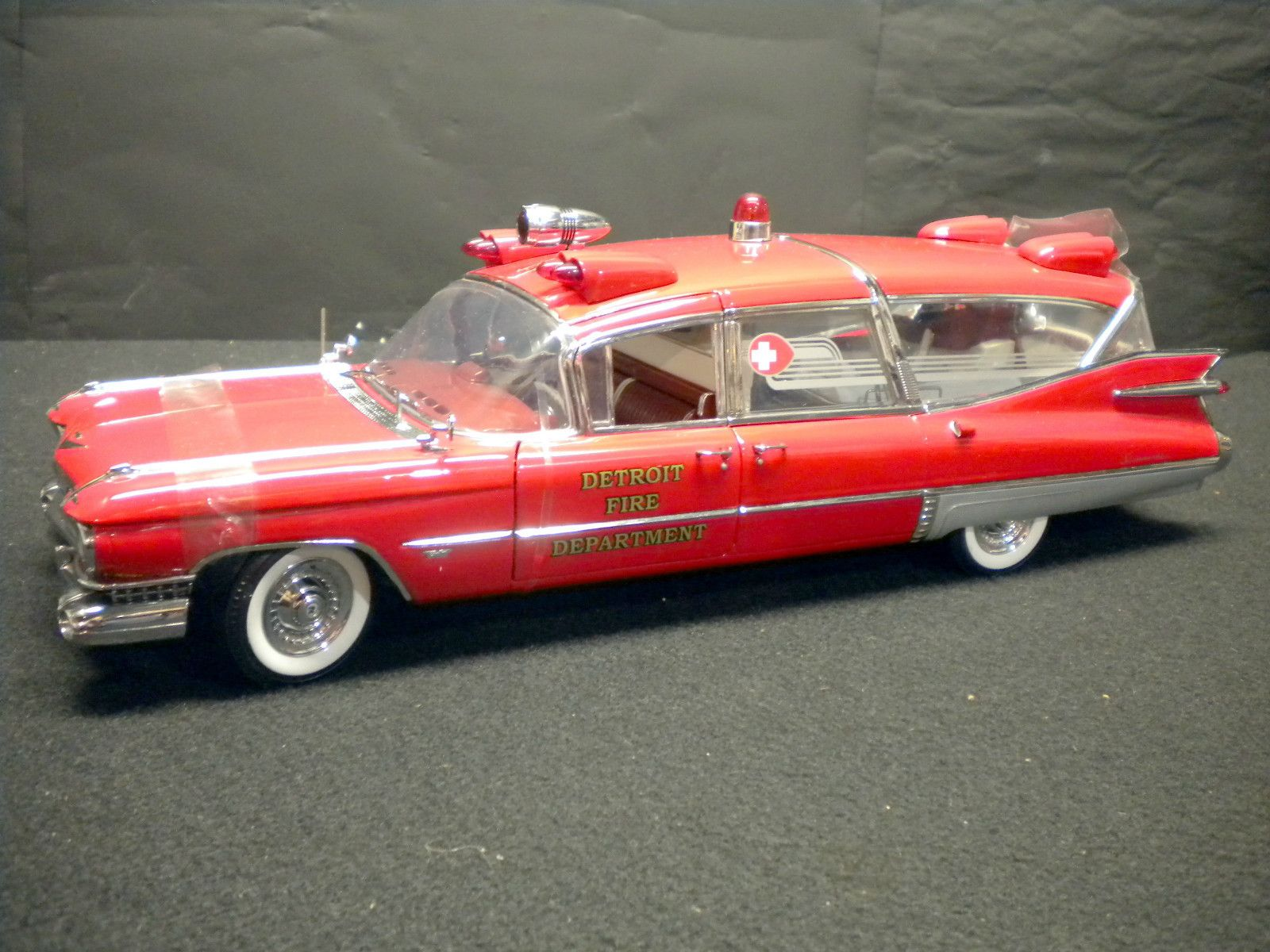 1959 cadillac superior crown royale ambulance precision miniatures nib 1 18