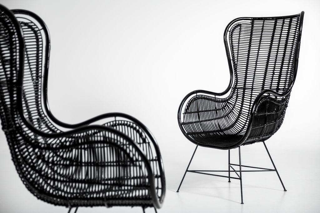 Rotan Stoel Zwart : Prachtige rotan stoel big chair zwart met ijzeren onderstel. rotan