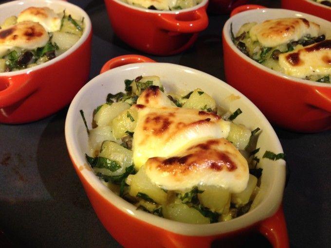 http://www.ichzeigdirwiemanskocht.de/recipe/petatou-franzoesischer-kartoffelauflauf/
