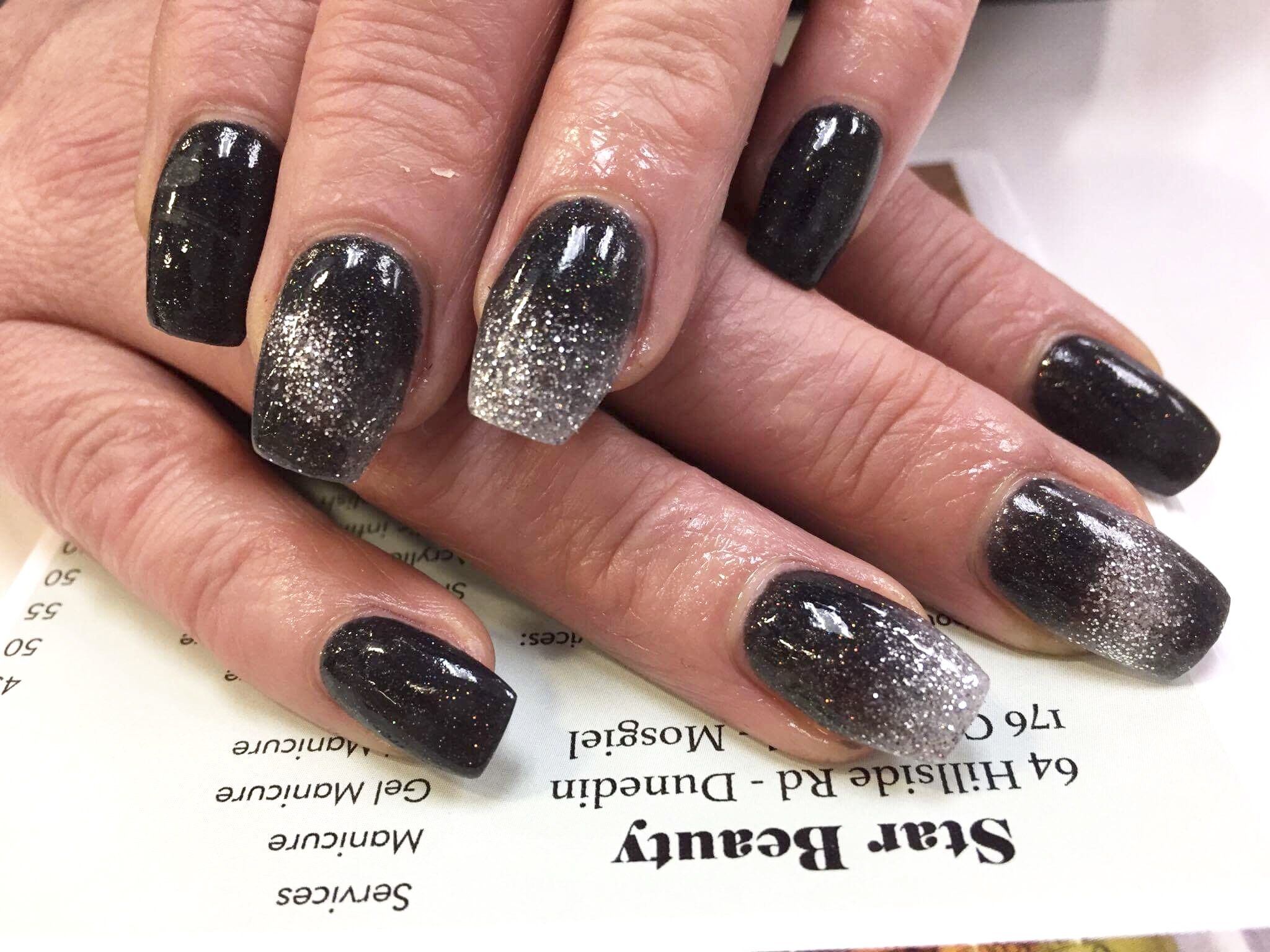 Sns Nails OmbrÉ Black And Silver