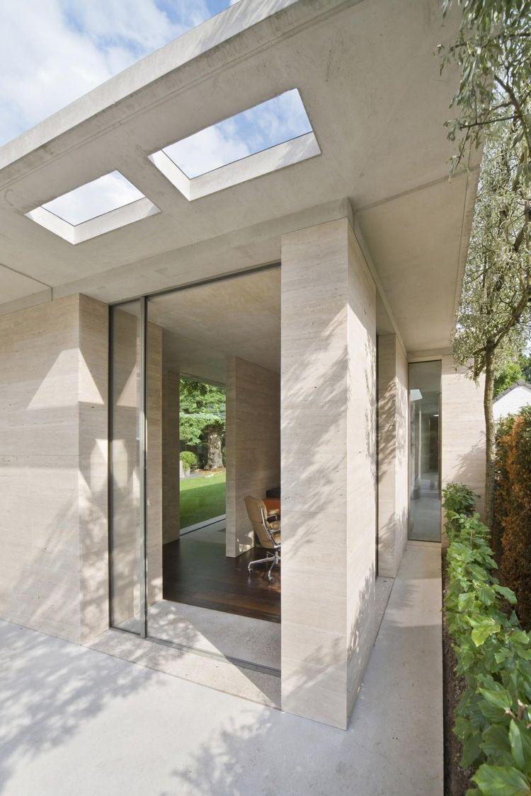 Steinverkleidung für Wand kalkstein modernes haus raumhohe fenster ...