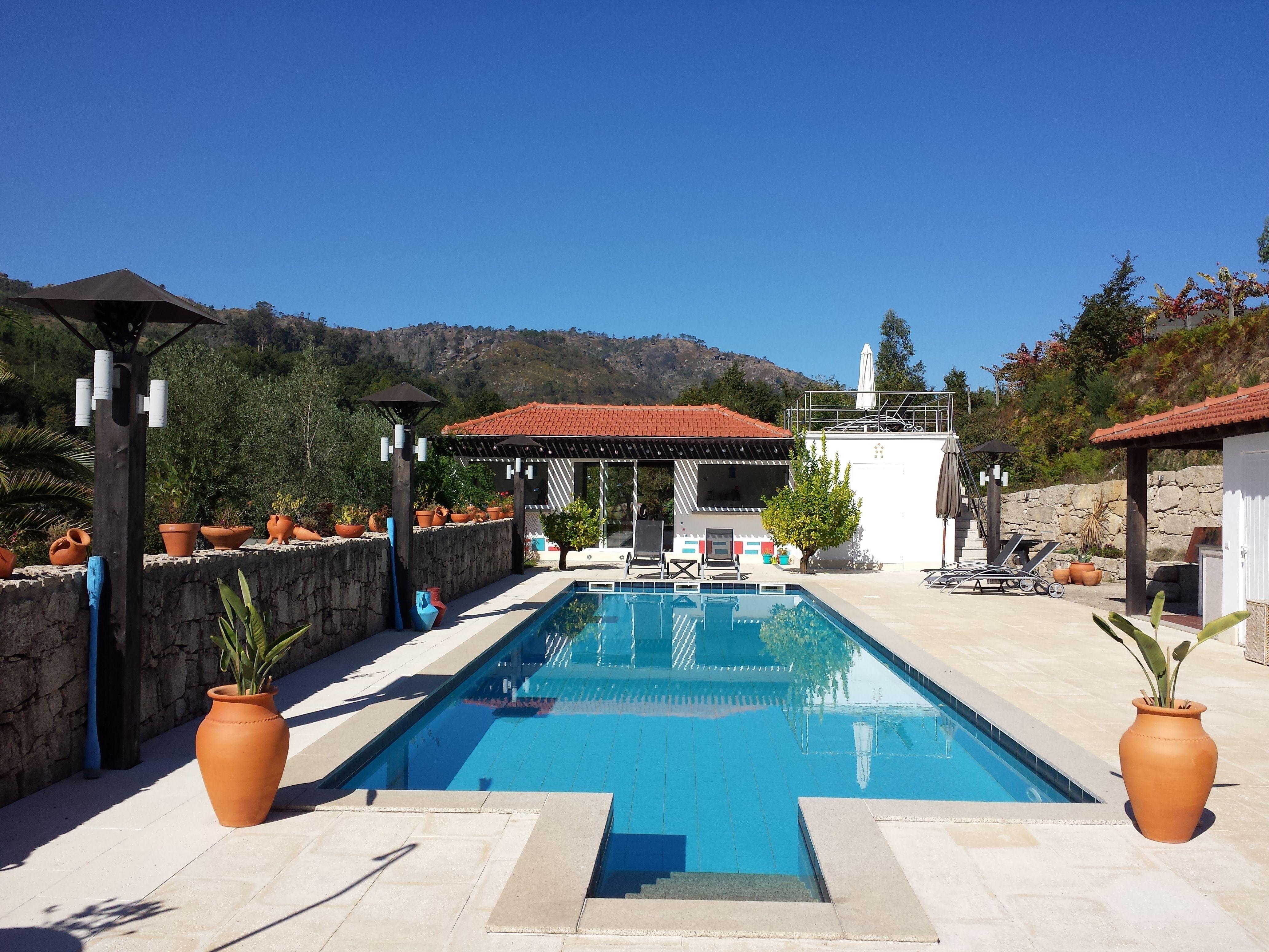 Relaxing at the pool at B&B Quinta da Cumieira Portugal #LuxuryBeddingBreakfast