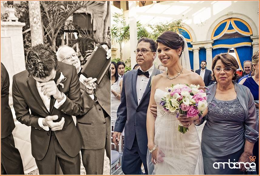 Groom seeing his bride walk down the aisle at Vizcaya Museum & Gardens #miami #wedding #ceremony