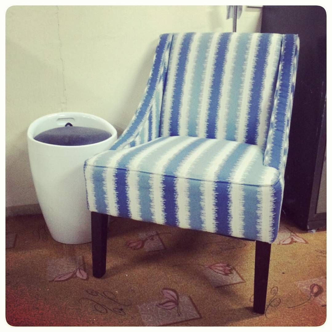 For Sale Side Chair Wood New Price 34 Bd للبيع كرسي جاني خشب جديد السعر 34 Bd Tel 33770050 Chair Home Decor Accent Chairs
