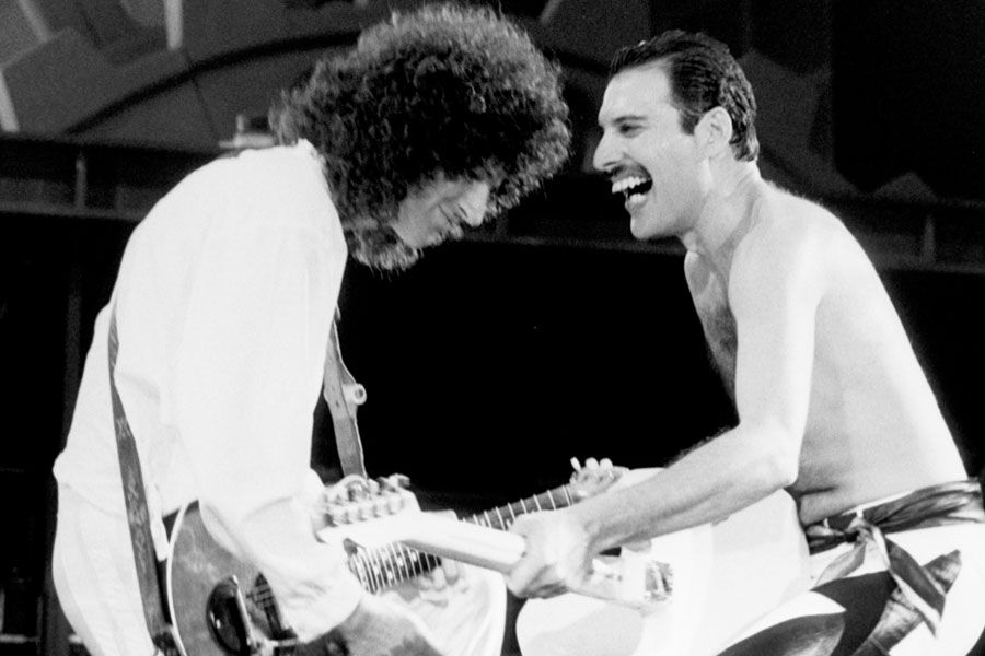 Brian May admits he contemplated suicide after Freddie Mercury's death | NME #freddiemercury