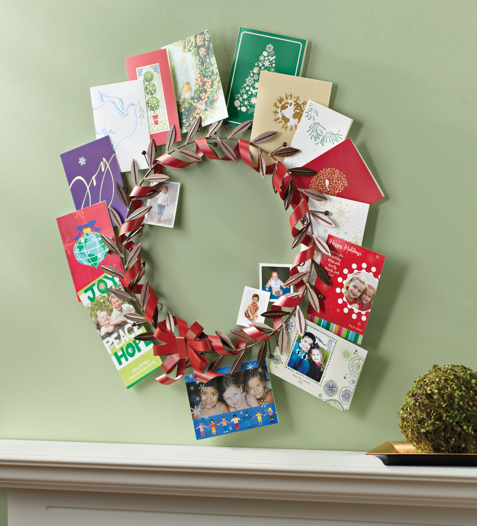Our Greeting Card Holder Wreath ($25.00) Is A Great Way To Display Holiday  Cards