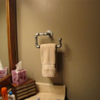 Homemade Towel Bar With Plumbing Pipe For The Home Man Cave Bathroom Plumbing Pipe Pipe Decor