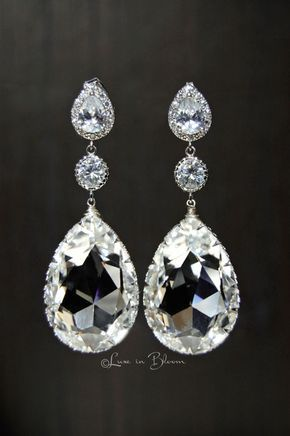 Wedding chandelier swarovski crystal earrings style e153 cc wedding chandelier earrings elegant and sophisticated clear swarovski crystal chandelier earrings are a glamorous accessory aloadofball Image collections