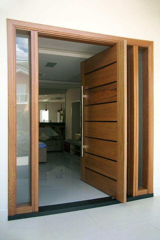 Entrada mais que Elegante com Portas Pivotantes #casa