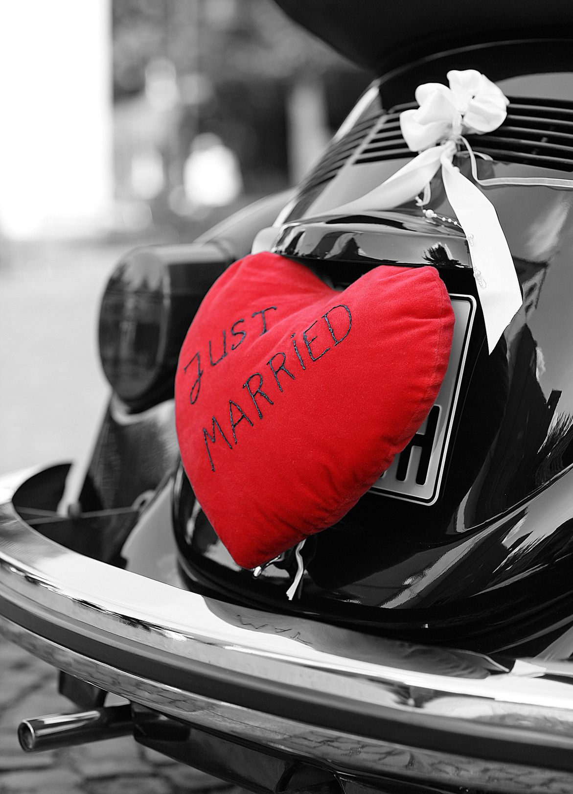 Wedding decorations car  Wedding car   Wedding Cars  Pinterest  Wedding cars Wedding