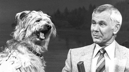 "In Pictures: Best Johnny Carson Moments  He made us laugh until we went to sleep. Johnny Carson spent three decades as host of ""The Tonight Show."" Take a look back at some of his laughable moments."