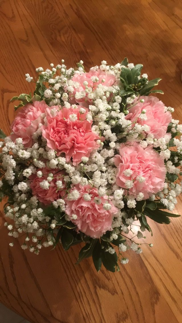 Carnations And Baby S Breath Carnation Bridal Bouquet Carnation Wedding Flowers Carnation Wedding Centerpieces