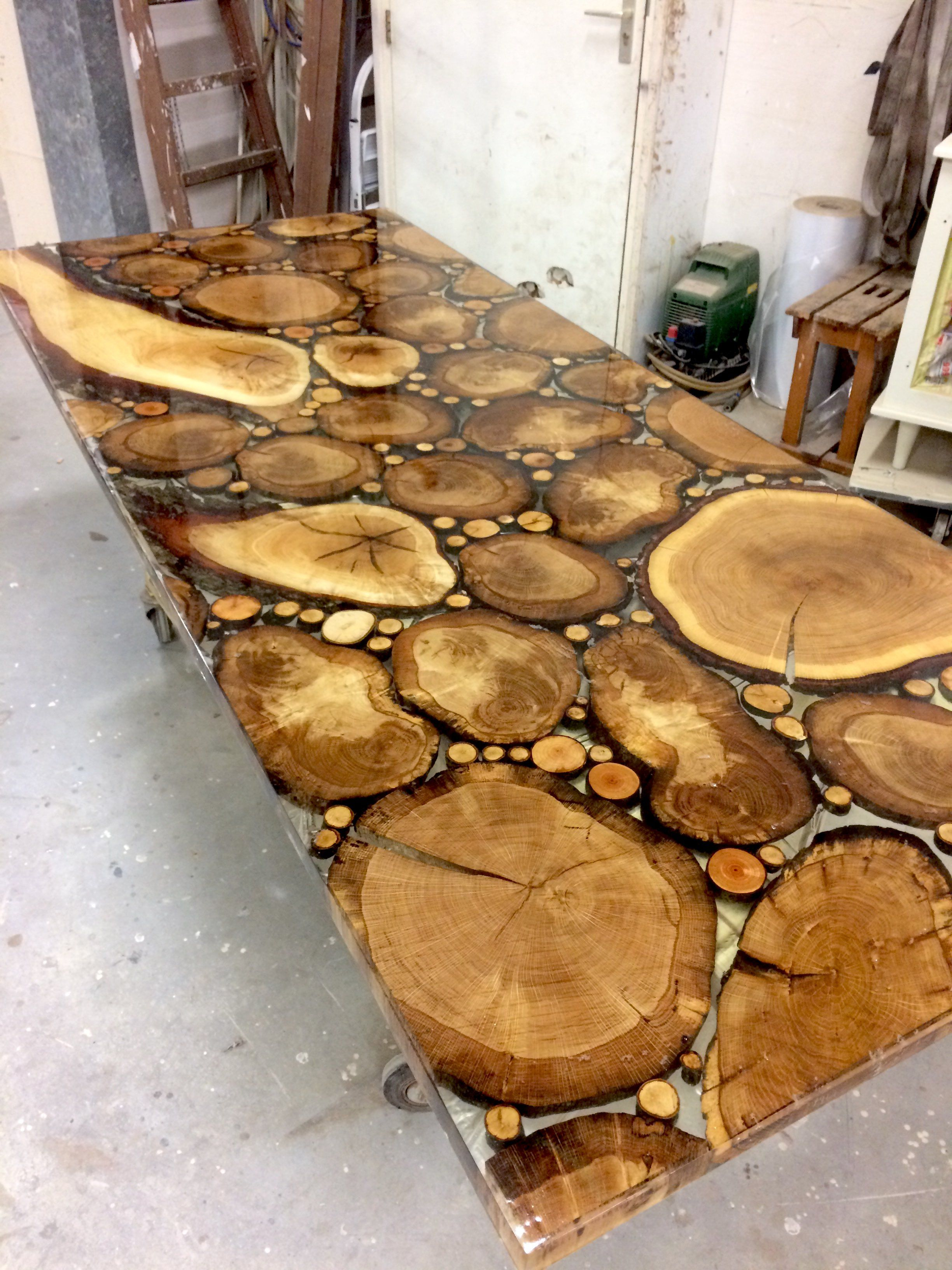 Sliced oak table top in resin epoxy treepoxy oak for Wood table top designs