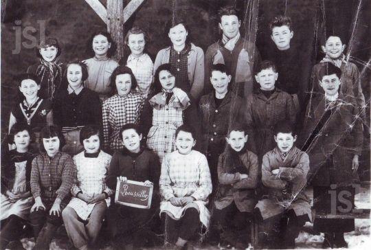 École de Roussillon-en-Morvan (Saône et Loire) en 1955 - Le Journal de Saône et Loire www.lejsl.com/