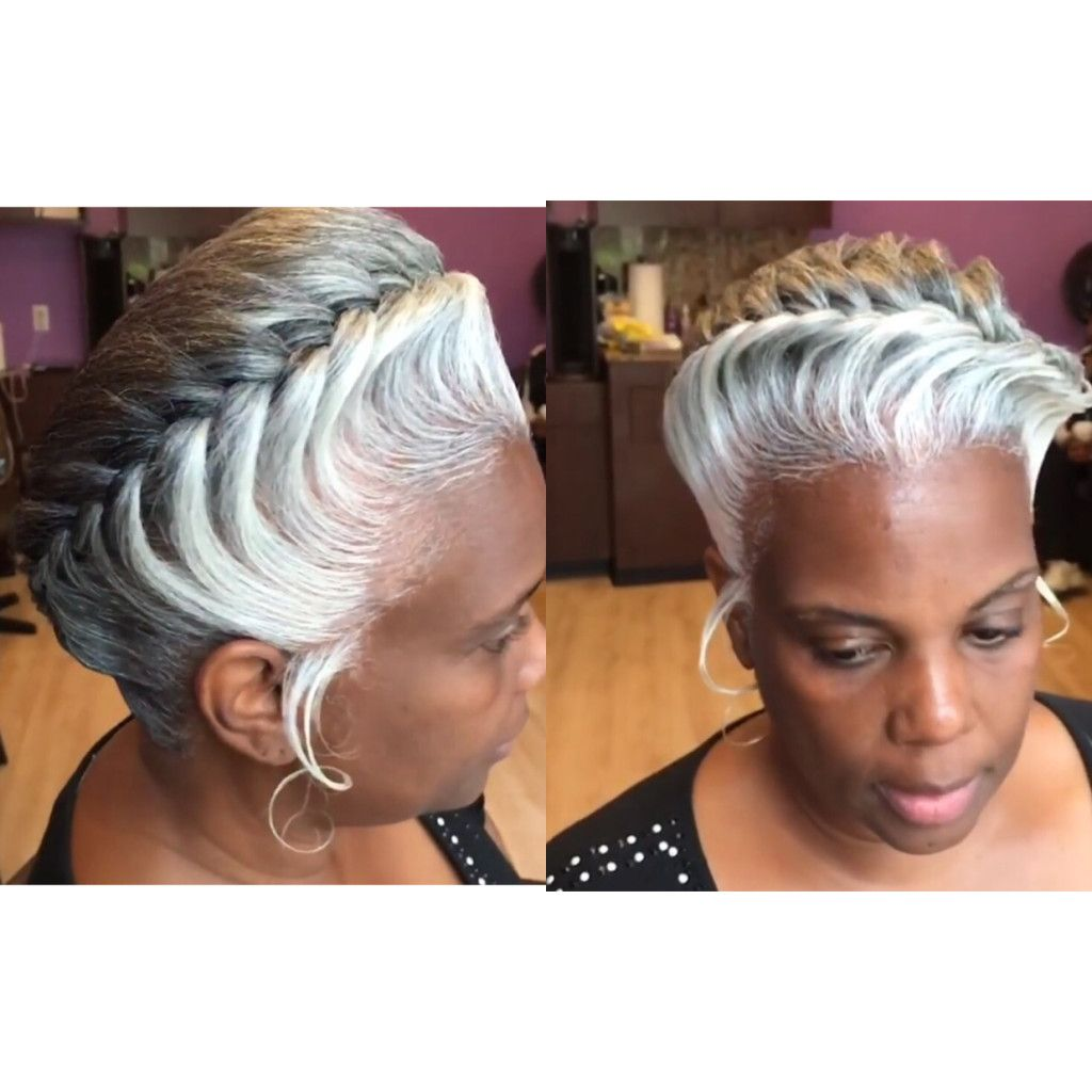 I M Wearing My Hair Just Like This Natural Hair Styles Gray Hair Beauty Natural Gray Hair