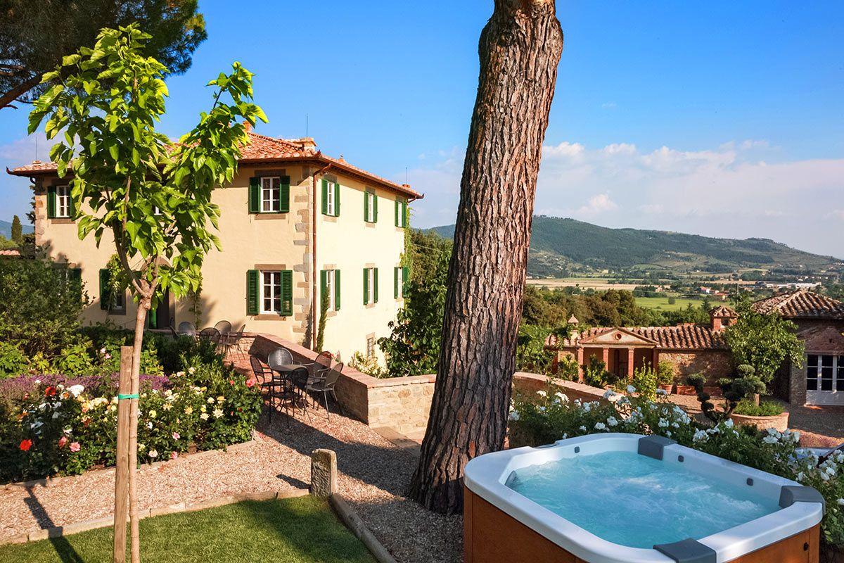 Villa Bramasole Es Villa Laura Under The Tuscan Sun Tuscan Style Tuscan Villa