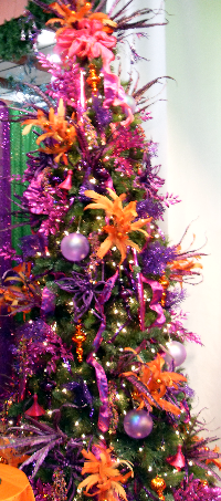 Did you know a purple and orange Christmas Tree could look this good?