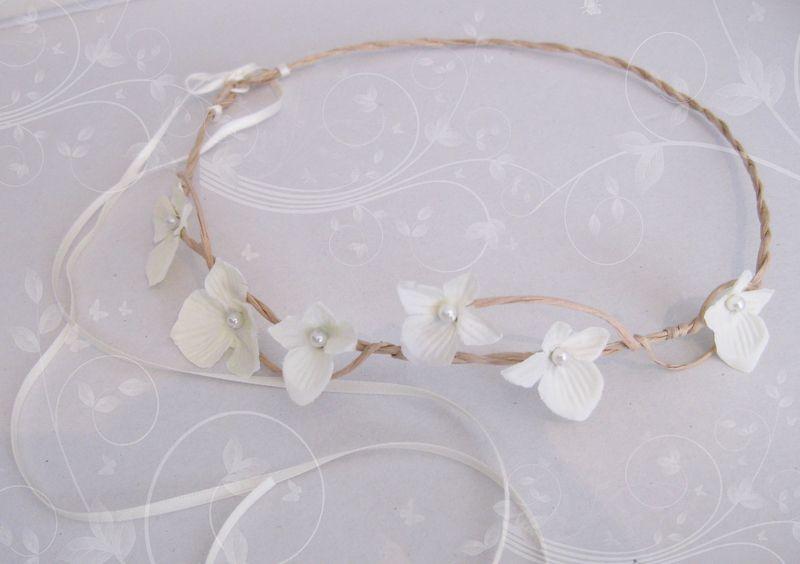"""""""JUST MARRIED"""" - ivory white Elfenkrone, Hochzeit von Miss Cherry Blossom auf DaWanda.com"""