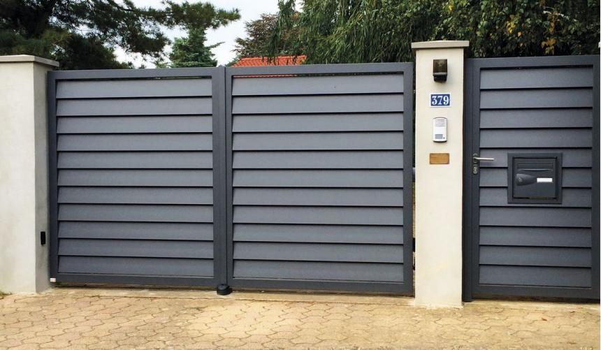 Portail Alu Chambertin Gamme Contemporaine Aluconcept Door Gate Design House Gate Design Front Gate Design
