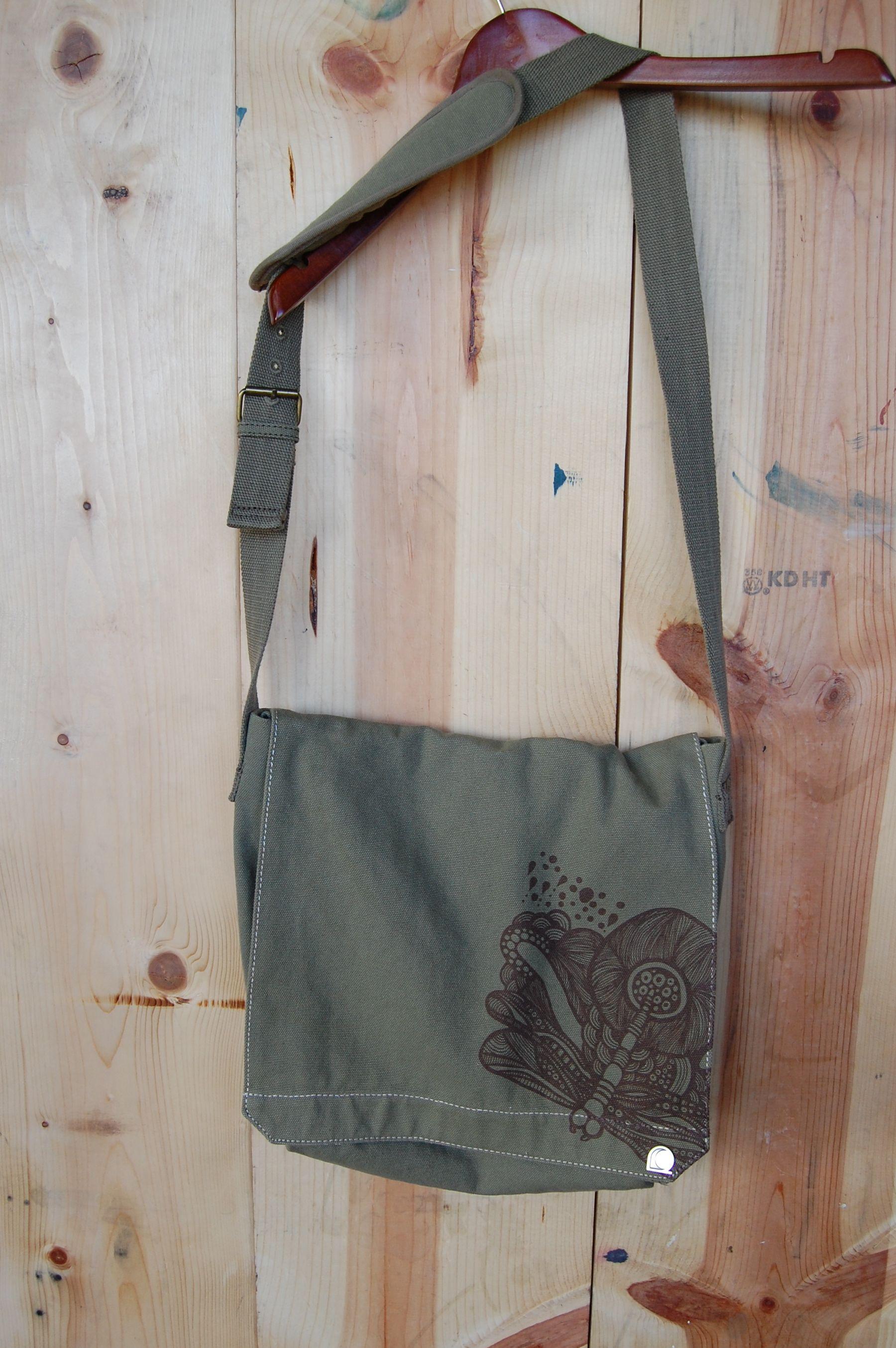 Dreamer design printed on Alternative Apparel Messenger Bag available on www.glyf.us #messengerbag