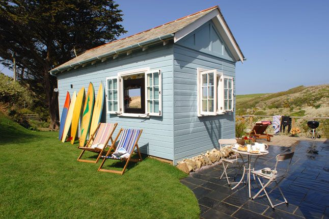 The Limit Beach Hut In Holywell Bay Cornwall United Kingdom The Beach Hut In Holywell Bay Kitchen Sitting Roomphoto Source Unique Home Stays