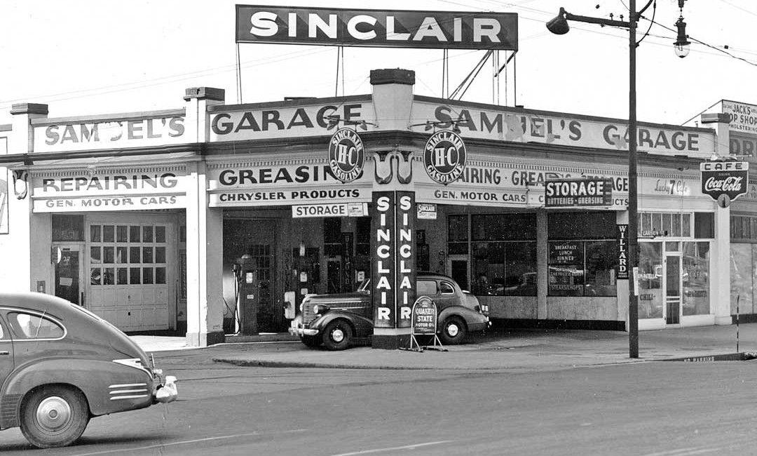 Samuel 39 s garage and sinclair service station salt lake for Garage auto city cadaujac