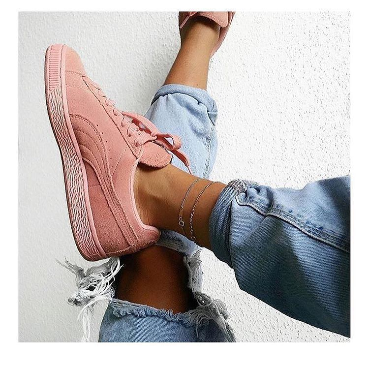 NEW STUNNING INSPIRATION - Puma's via haute @define_haute Picture unknown #howtochic #outfit #fashionblogger #ootd