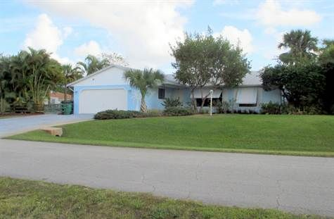 2724 Sqft Home For Sale In Gatlin Area Port Saint Lucie Florida For Sale At 225 000 00 2181 Sw Alminar Stree Port St Lucie Florida Florida Port Saint Lucie