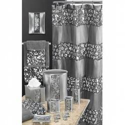 Popular Home Collections Sinatra Silver Special Bath Set With