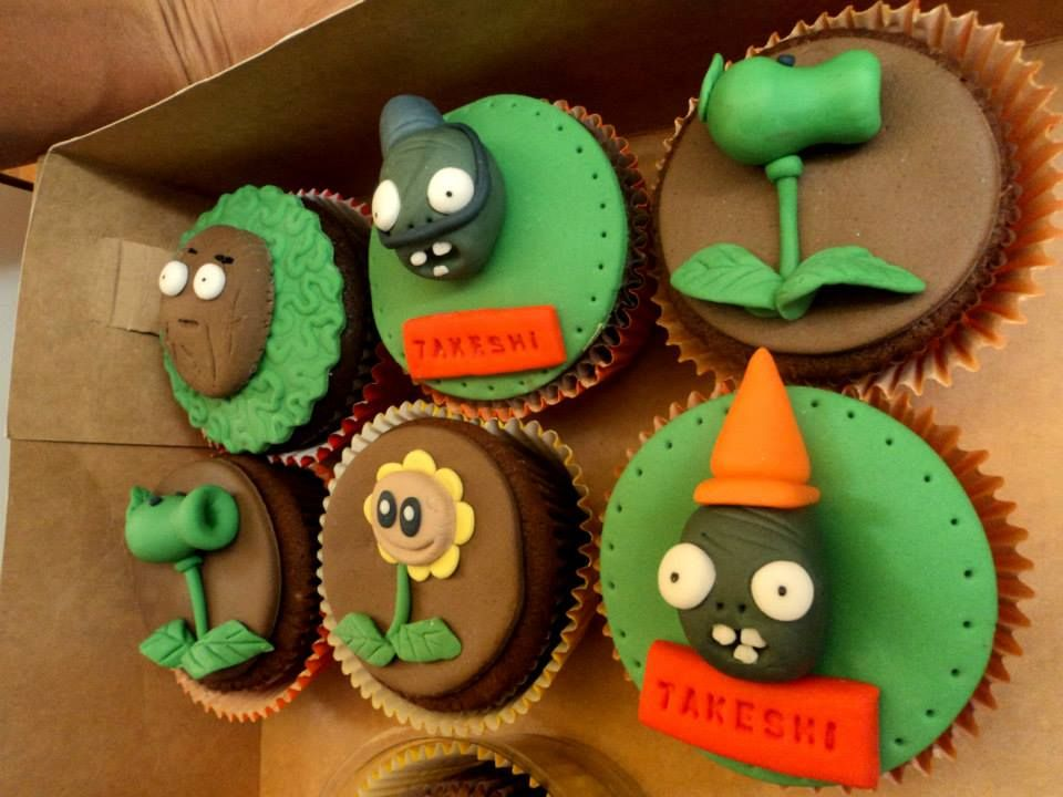 Plantas vs zombies cup cake y tortas pinterest for Decoracion con globos plantas contra zombies